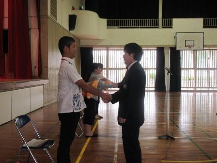 http://www.irabu-h.open.ed.jp/img/h31photo/0324syuuryoushiki/0324syuuryoushiki_8.JPG